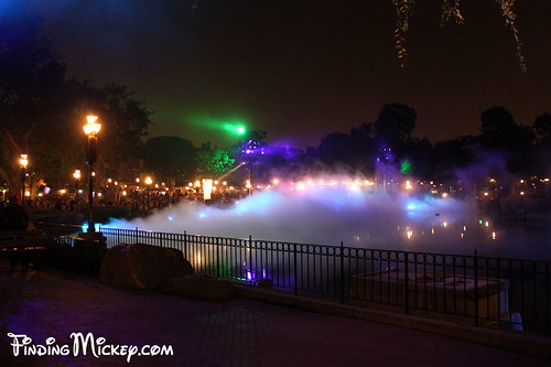 fog on the rivers of america | by Finding Mickey