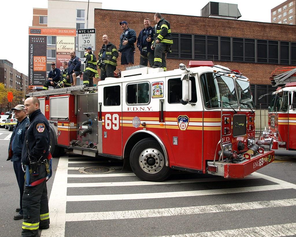 E069e Fdny Harlem Hilton Engine 69 New York City Flickr