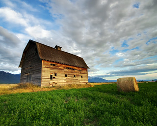 Flathead Barn | by photo_griz