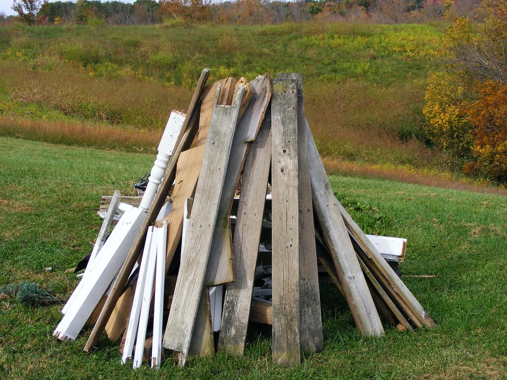 Kentucky >> Bonfire Wood | Bloomfield, Kentucky USA - October 2011 | M W | Flickr