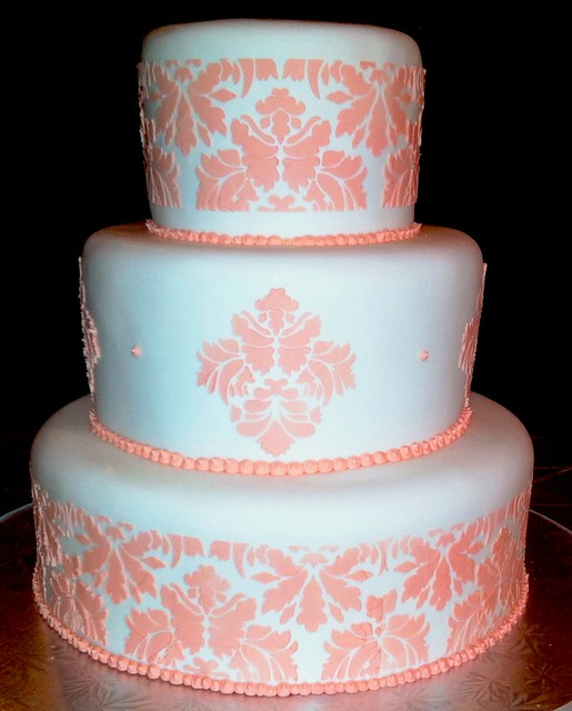 damask stencil wedding cake flickr photo sharing. Black Bedroom Furniture Sets. Home Design Ideas