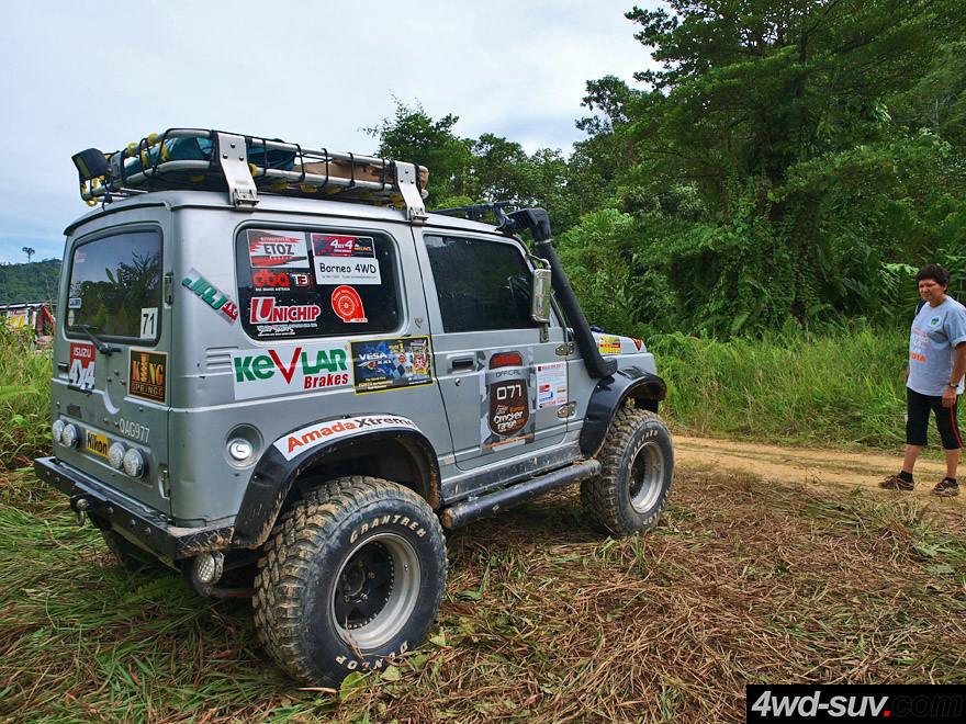 White Fj Cruiser >> Borneo Safari 2011 - Day 2 - Suzuki Jimny JA32 | Copyrighted… | Flickr