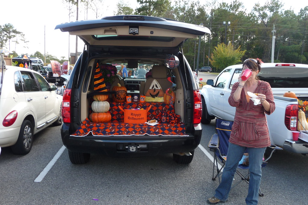 Fall Festival - Trunk or Treat - Halloween Decorations ...
