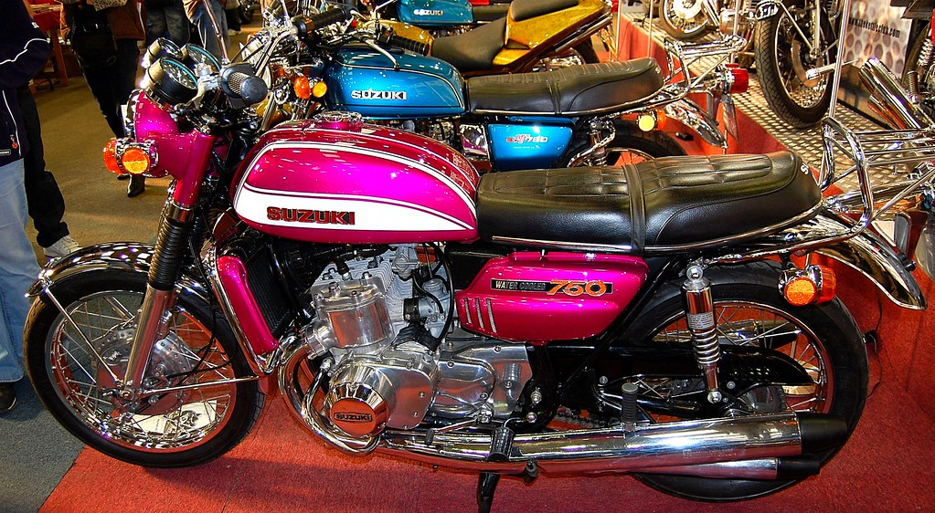 suzuki gt 750 water cooled two stroke. Black Bedroom Furniture Sets. Home Design Ideas