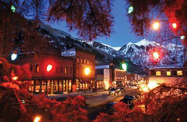 Telluride Main Street at Christmas | Telluride Ski Resort ...