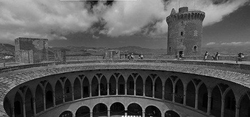 Castillo de Bellver | by JLAM1976