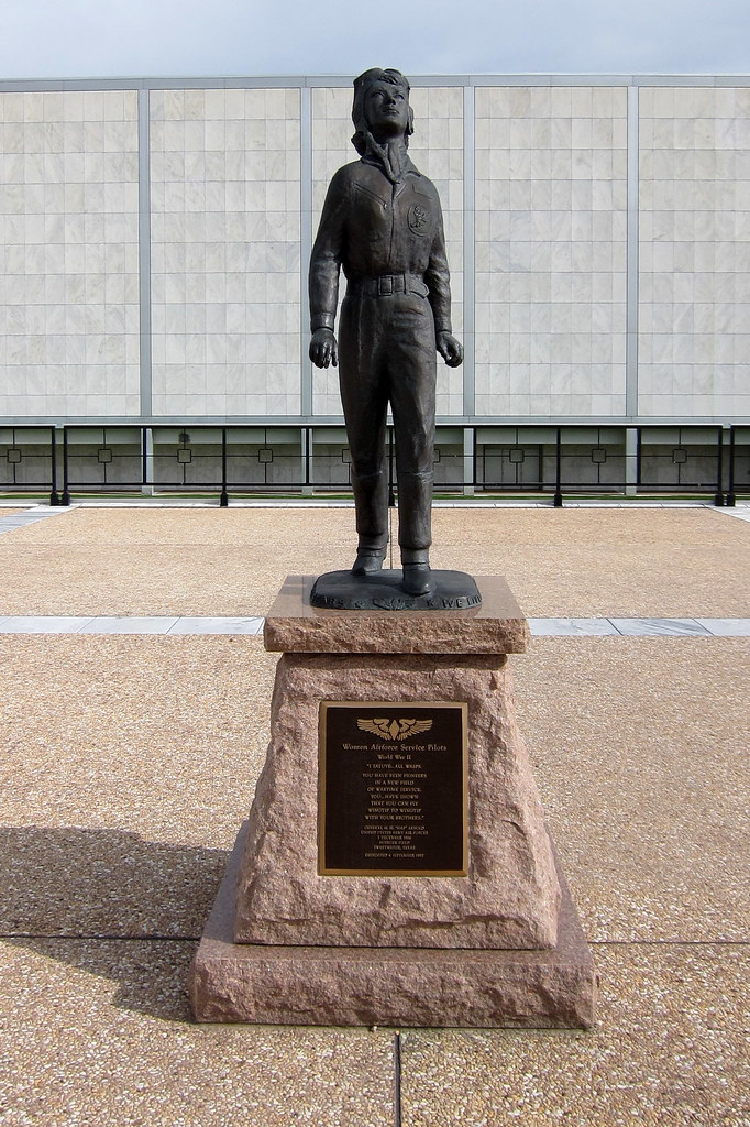 Colorado - US Air Force Academy: Women Airforce Service Pi ...