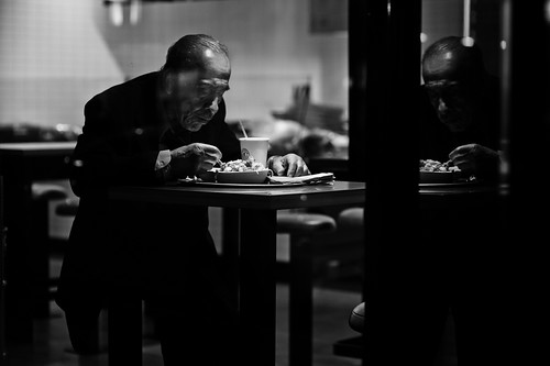 Dinner for One | by Rinzi Ruiz [street zen]