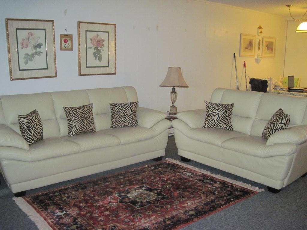 living room set high quality leather hardly used like ne flickr. Black Bedroom Furniture Sets. Home Design Ideas