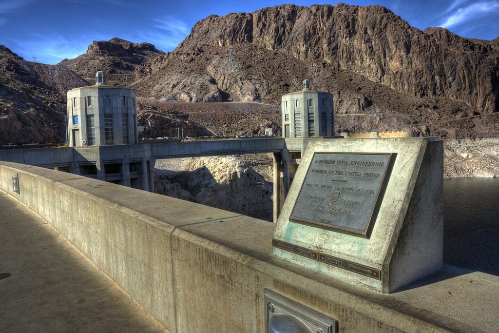 Hoover Dam - NV-AZ Bor...