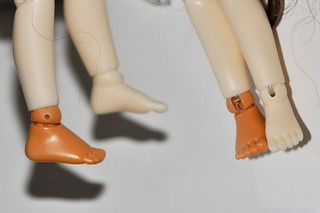 Lati Y feet on Doll Leaves' 16cm tiny | by birdie's stuff
