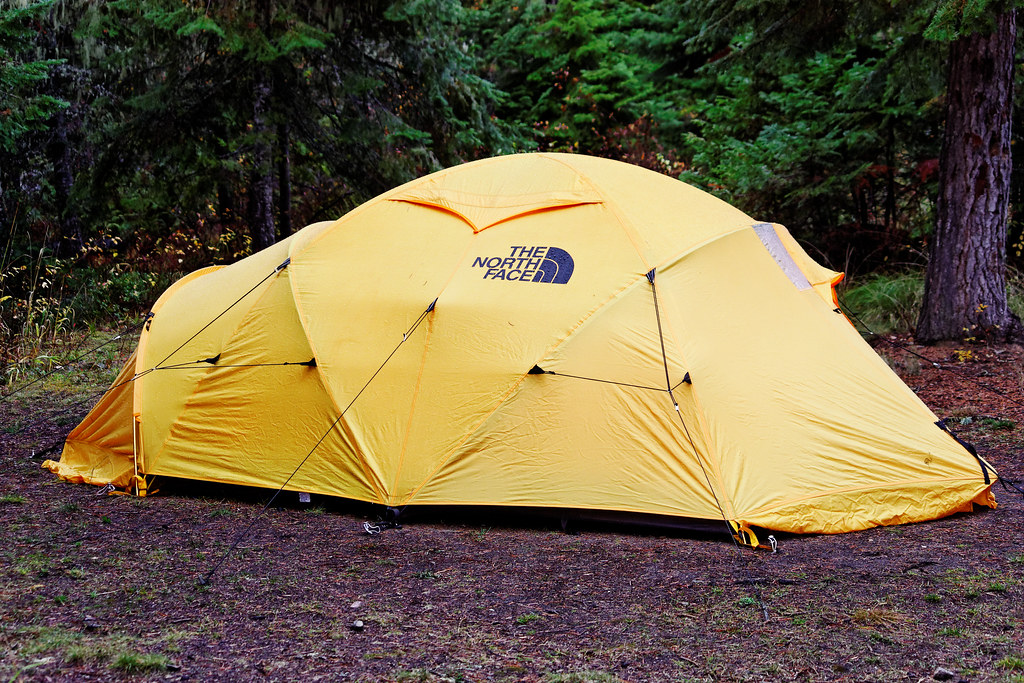 ... North Face Evolution 45 Expedition Tent | by CT Young & Side View North Face Evolution 45 Expedition Tent | Flickr