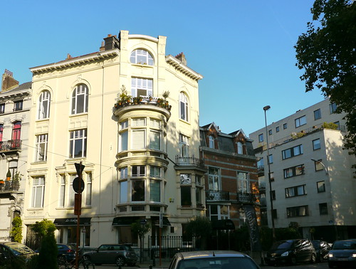 Bruxelles belgique place albert leemans immeuble d 39 angl for Architecte bruxelles