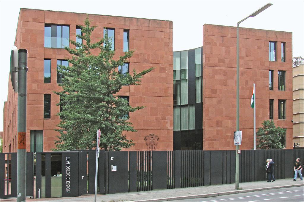 Ambassade de l 39 inde berlin de forme cubique le for Architecte 3d 2001