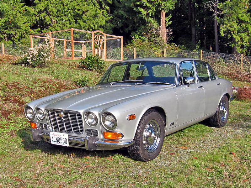 1973 jaguar xj6 series 1 washed the car figured i 39 d take flickr. Black Bedroom Furniture Sets. Home Design Ideas