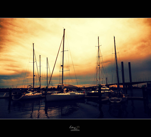 Boats in Docklands at sunset 1 | by Endless Love Photography
