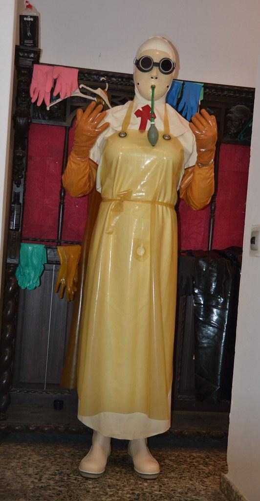 Bizarre Enema Rubber Nurse  Gummisardaukar  Kira Latex -8771