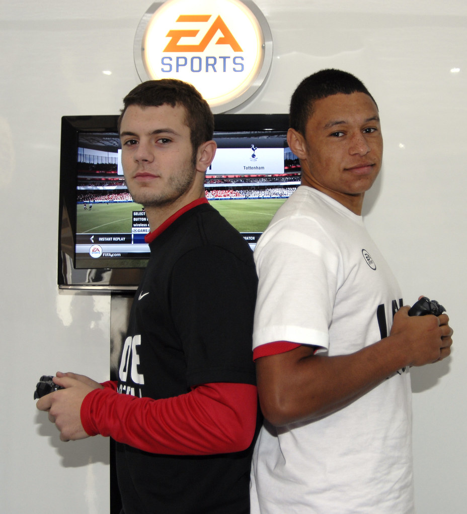 ¿Cuánto mide Alex Oxlade Chamberlain? - Real height 6260373238_637589db9f_b