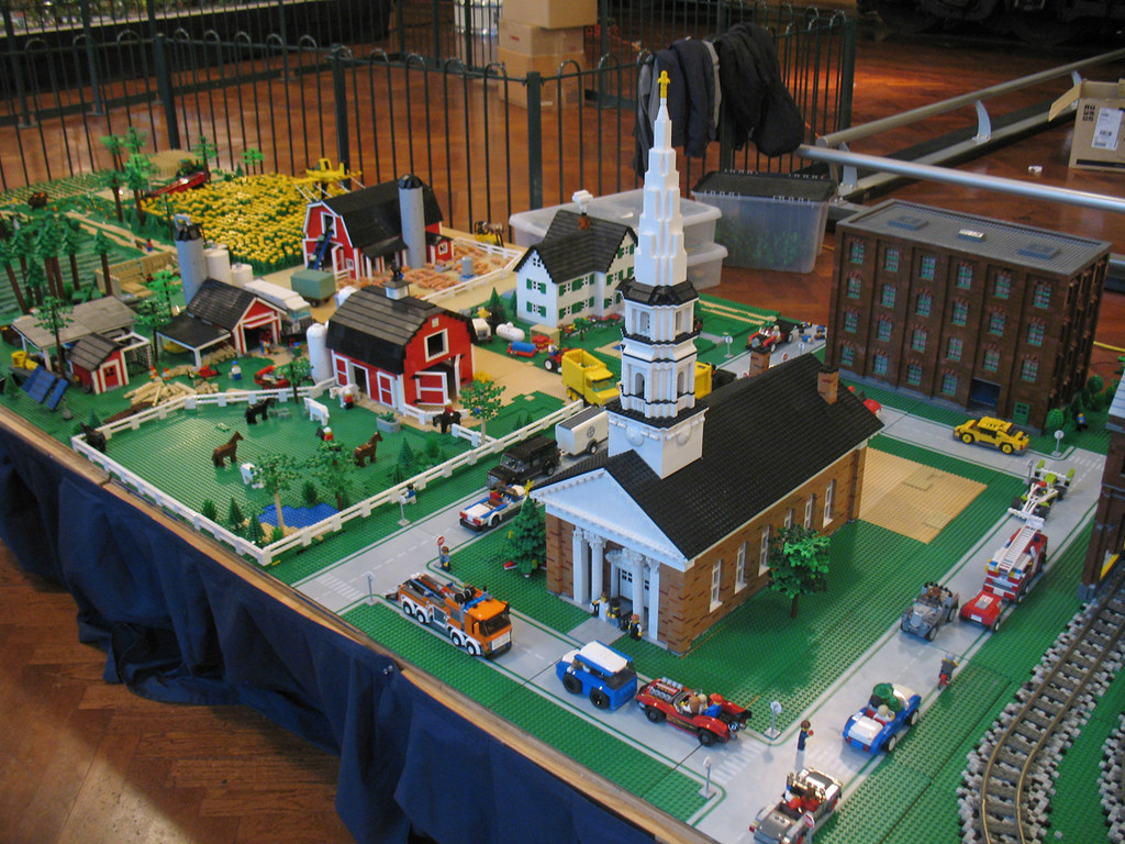 Michigan lego train club display at the henry ford 2011 for Architecture models for sale
