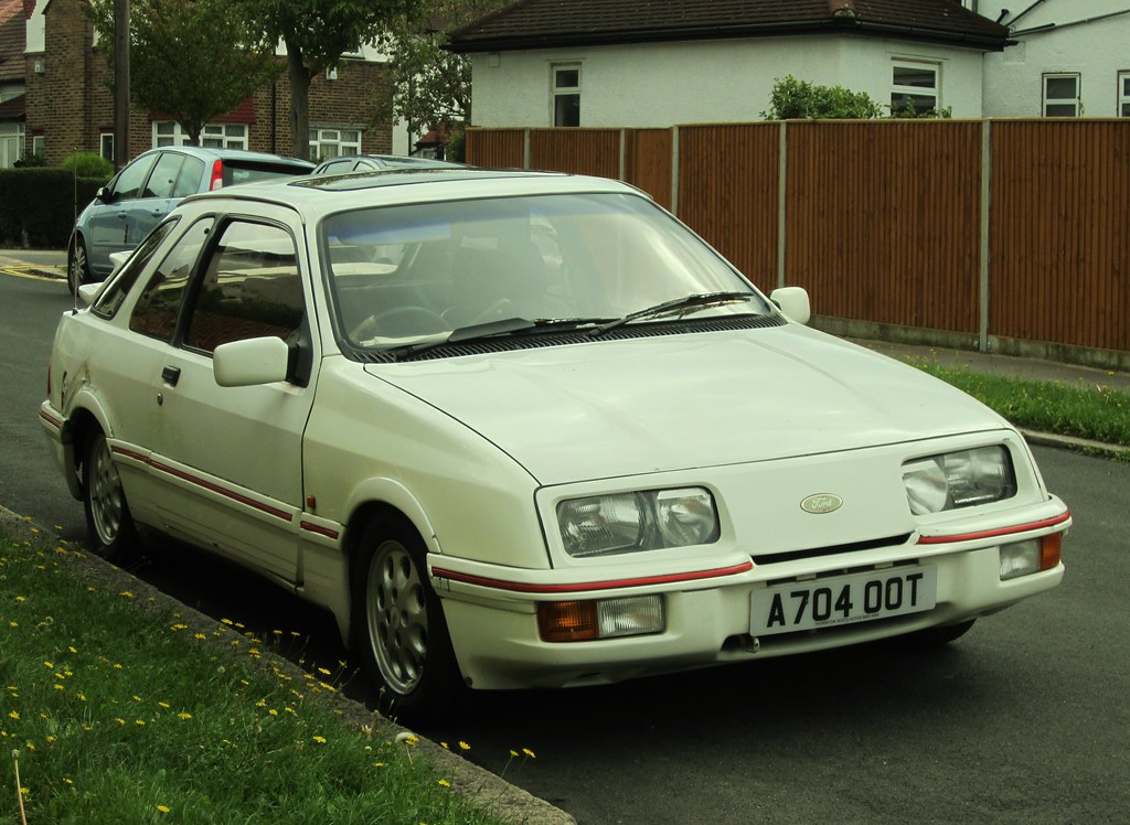 1983 ford sierra xr4i 2 8 two xr4is in one day was not wh flickr. Black Bedroom Furniture Sets. Home Design Ideas