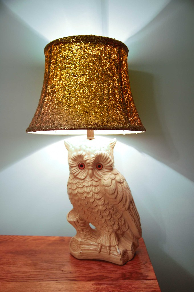 Diy glitter lamp shade see how to make this on my diy craf flickr - Diy lamp shade ...