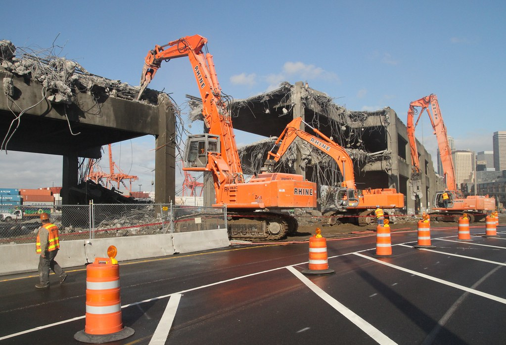 Viaduct demolition equipment in a row. | Three different dem… | Flickr