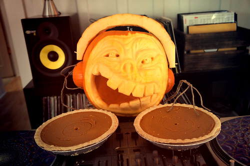 DJ Pumpkin in da haus! | by Lara604