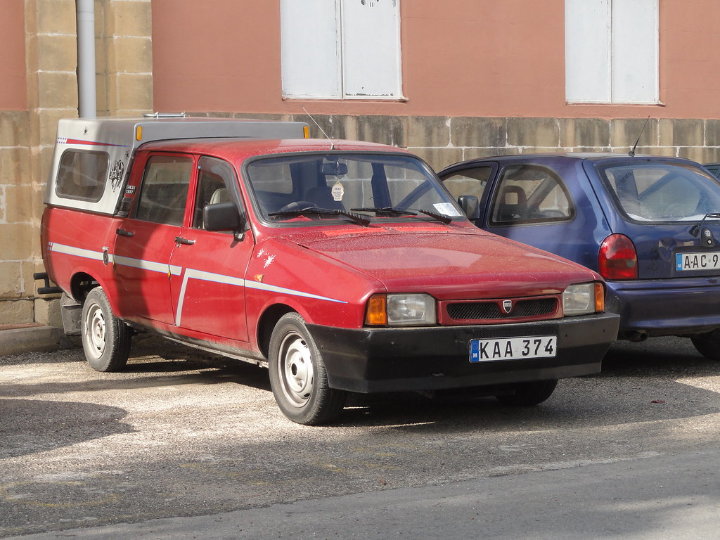 ... 1992-1998 Dacia 1307 Double-Cab Pick-Up | by Skitmeister