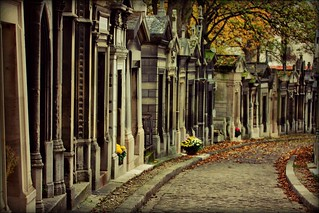 Cemetiere du Pere Lachaise | by Andy Watson1