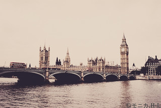 London | by IckleEagle