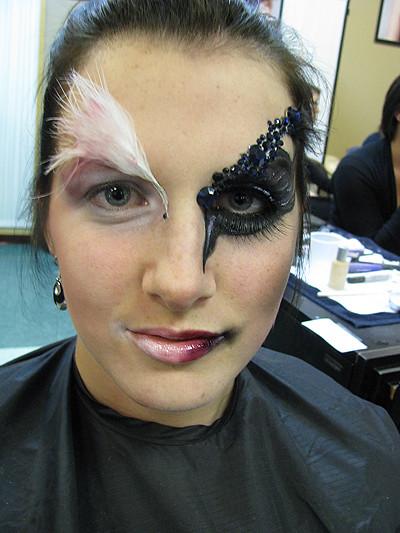 Aninimal Book: Black Swan/White Swan Makeup | Entry for makeup ...