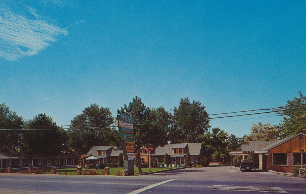 Pinecrest Motor Lodge - Pocatello, Idaho