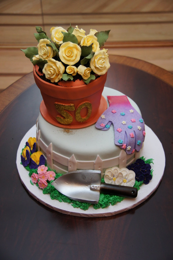 Garden theme 50th birthday cake cake in a cup ny llc for Gardening 80th birthday cake