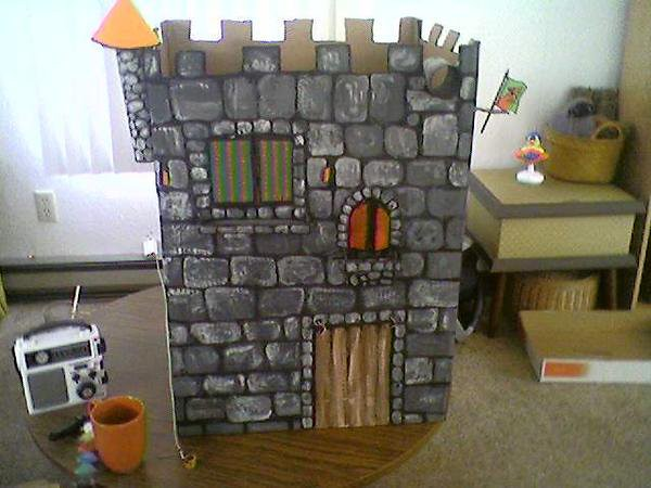Cardboard castle cardboard castle tommy and i made and for Castle made out of cardboard