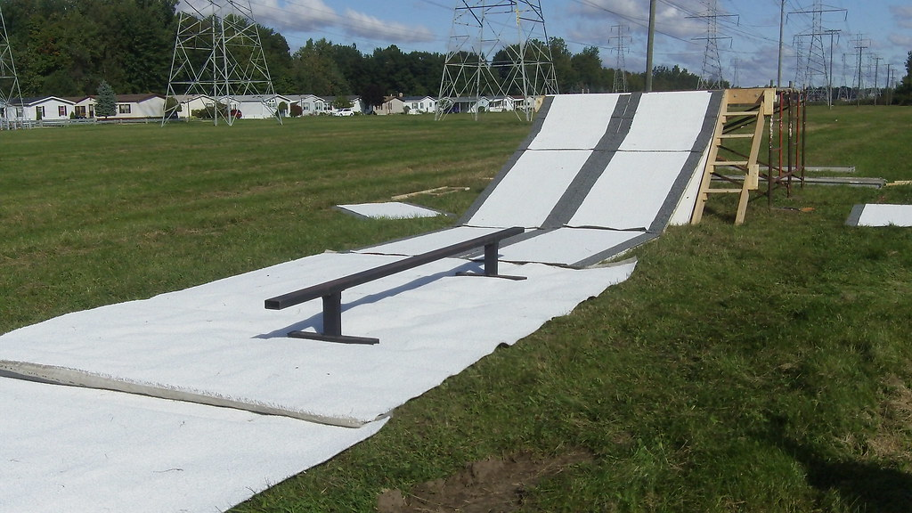 Backyard Snowboard Ramp mini snowboard drop in ramp   jonathan tollefson   flickr