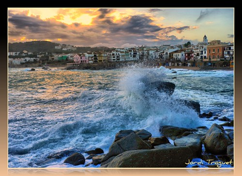 Calella al atardecer | by Jordi TROGUET (Thanks for 1,923,800+views)