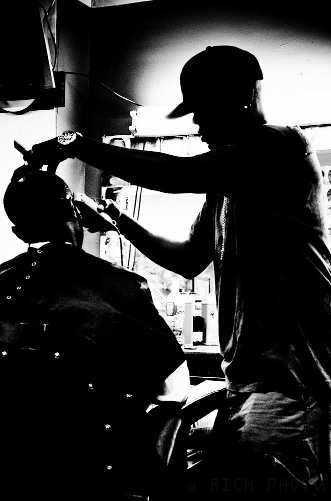 Fede Silhouette | at the barber shop capturing their ...