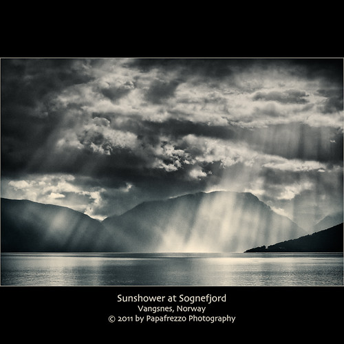 Sunshower at Sognefjord - v2 | by Papafrezzo, 2007-2016 by www.papafrezzo.com