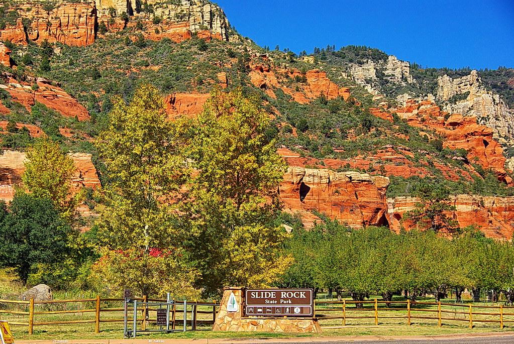 slide rock state park entrance sign - oak creek canyon