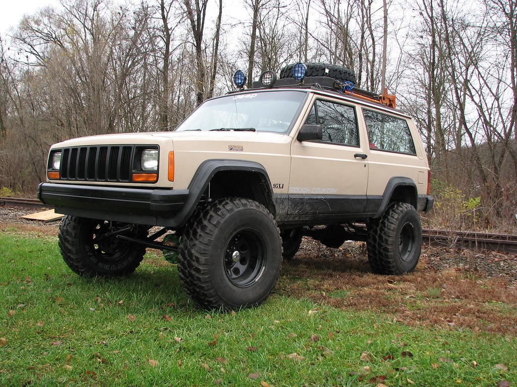 1995 jeep cherokee xj my jeep with 6 5 rough country lift flickr. Black Bedroom Furniture Sets. Home Design Ideas