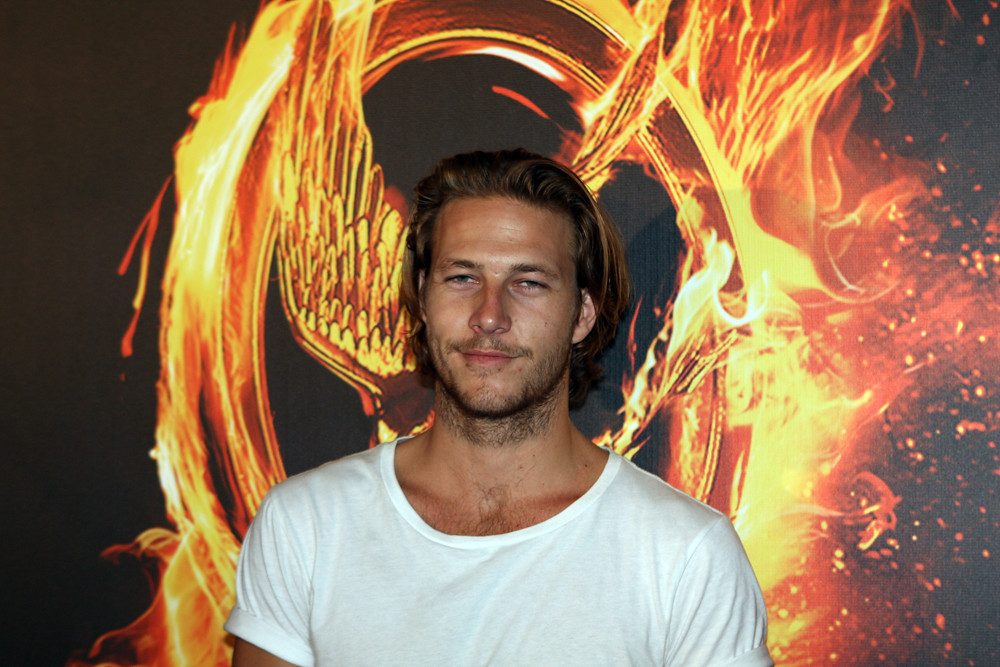 Luke Bracey | The Hunger Games Sydney Premiere And Review ...