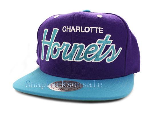 89c691f7c2f ... Vintage NBA Mitchell   Ness - Charlotte Hornets Snapback Hat Purple  Teal