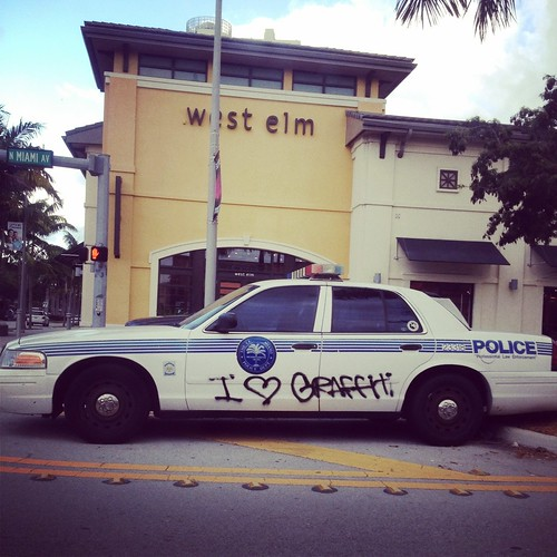 Miami cops love graffiti | by Juggie305