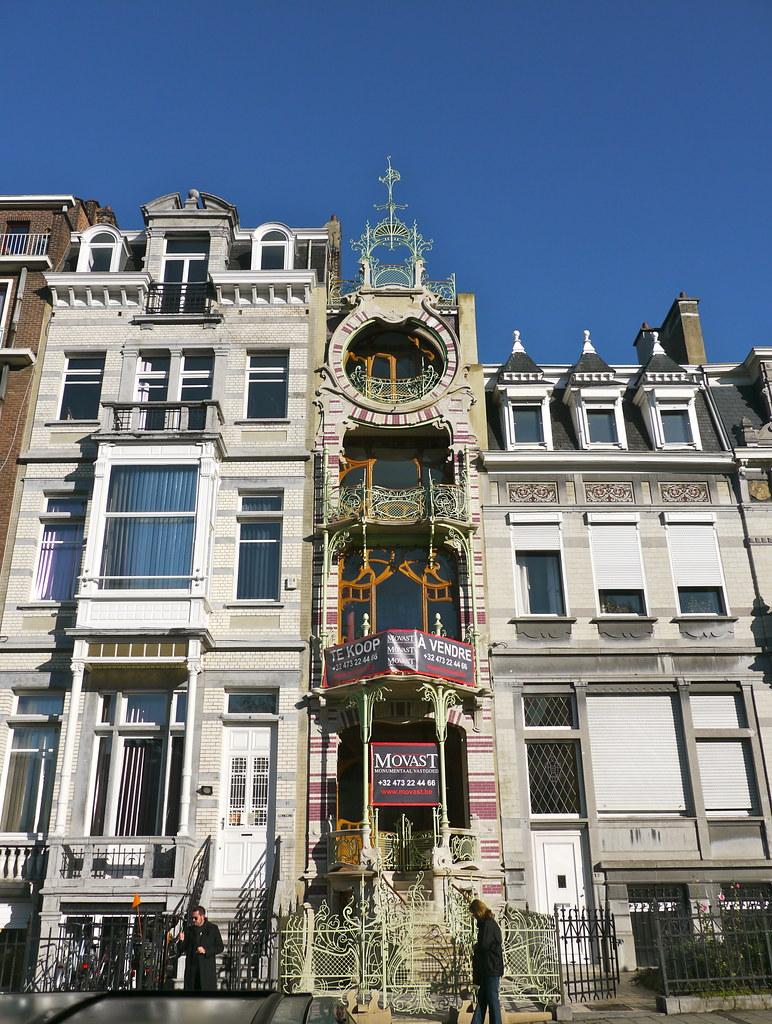 Bruxelles belgique square ambiorix la maison qui me fai for Maison minimaliste belgique