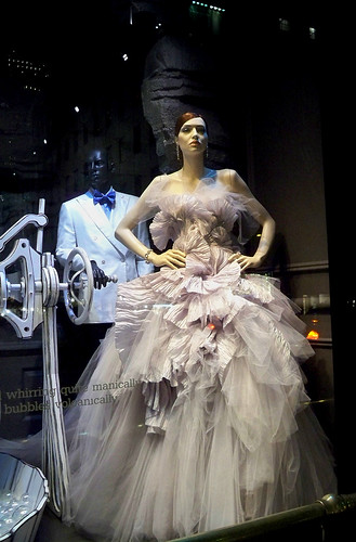 Land of the Bubblemakers: Marchesa | by Viridia