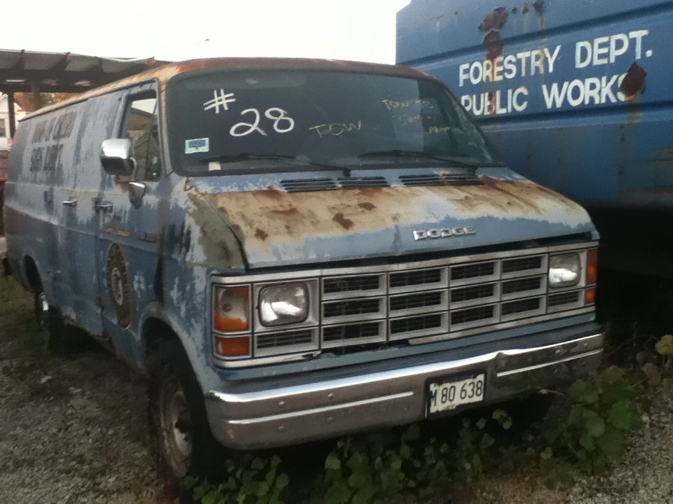 Towed Car Finder >> Piece Of Shit Car | this Dodge Cargo van that used to work f… | Flickr