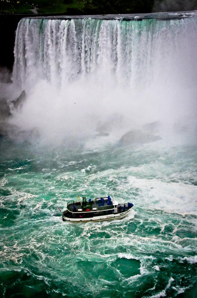 Maid Of The Mist At Horseshoe Falls Niagara Falls Ontari