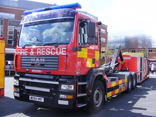 1351 - GMFRS - Greater Manchester Fire And Rescue Service - MAN Marshall SV - Prime Mover - PO89 - WX54 VNT | by Call the Cops 999