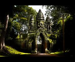 Angkor Thom. Puerta de la Victoria