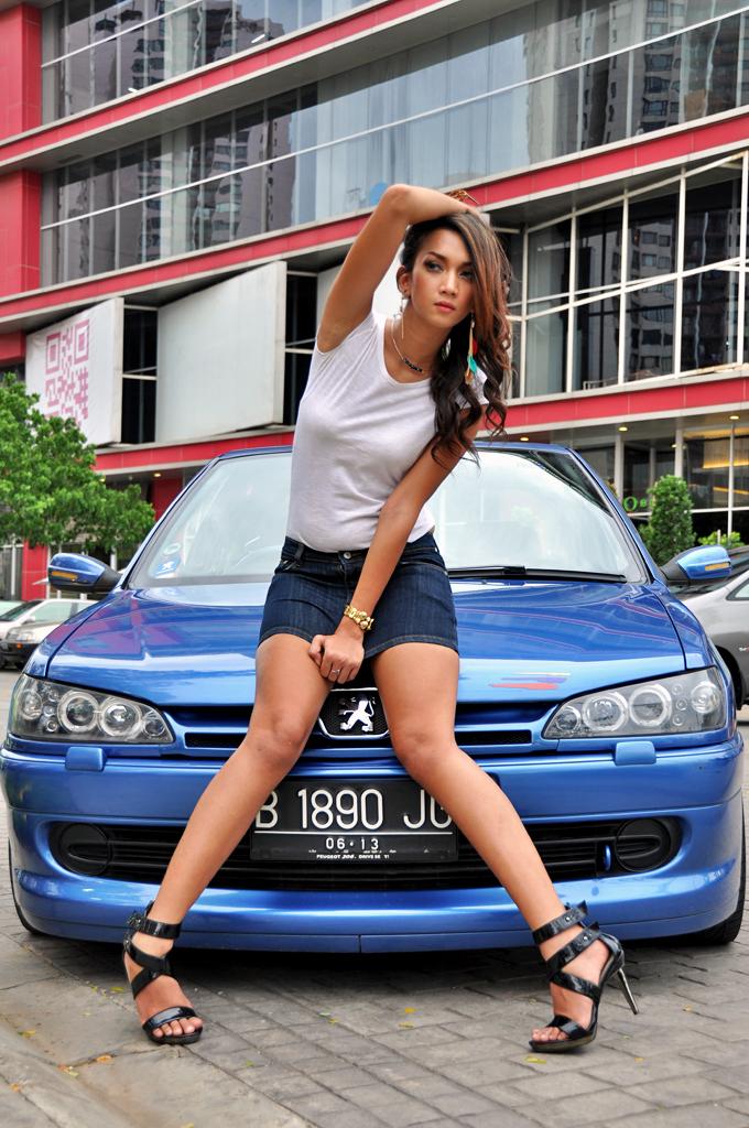 At The Epicentrum Peugeot Girl Danny Kadarisman Flickr
